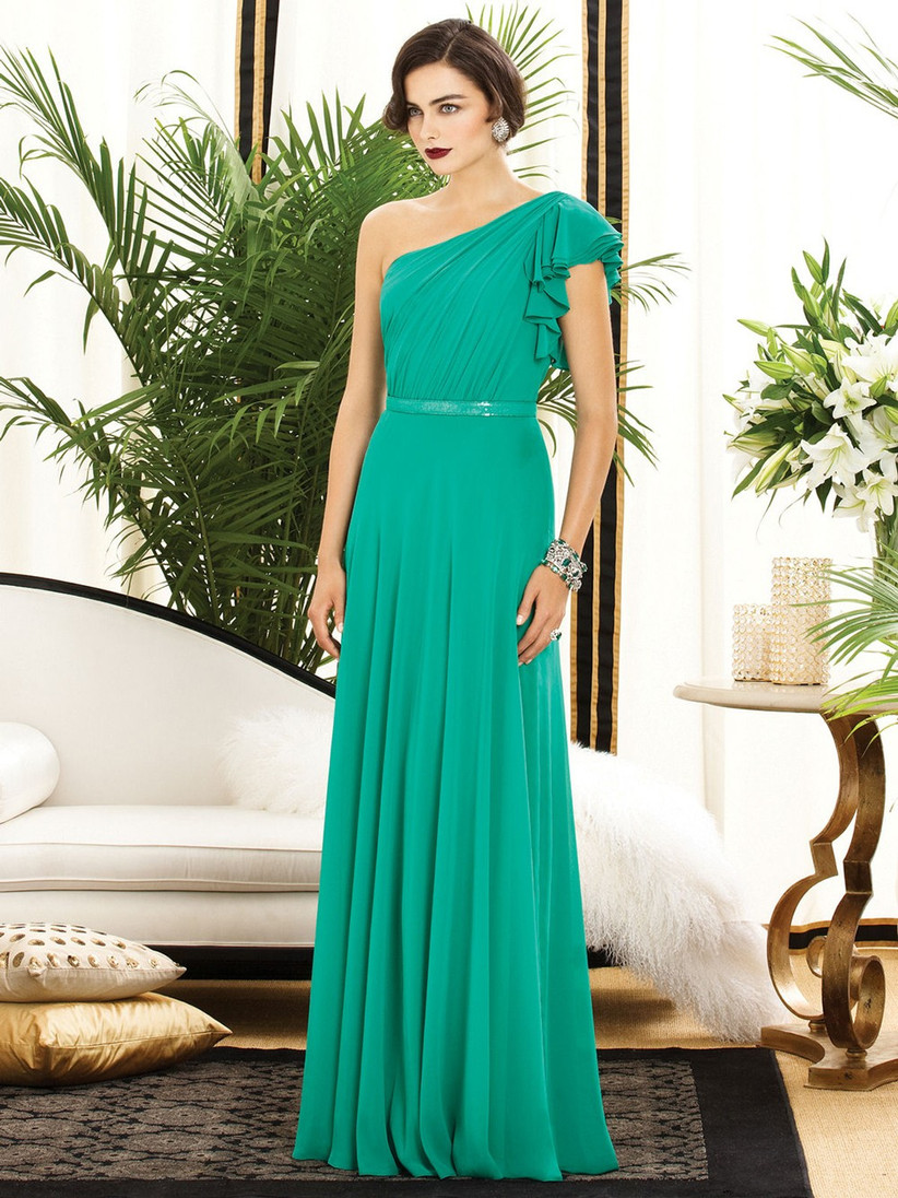 this-glamorous-green-one-shoulder-bridesmaid-dress-has-stylish-ruffled-shoulder-detail