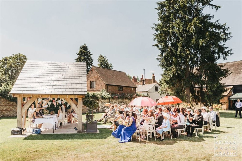 The-Tudor-barn