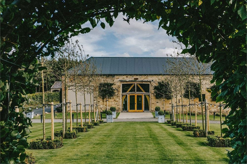 barn-wedding-venues-21