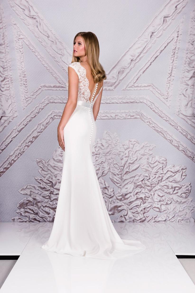 elegant-wedding-dress-portrait