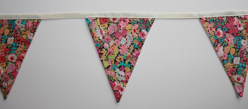 completed-wedding-bunting-stitched-to-the-fabric-strip