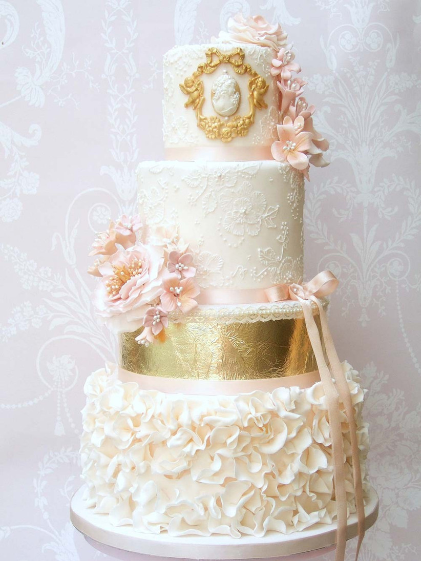 metallic-wedding-cakes-from-pretty-amazing-cakes