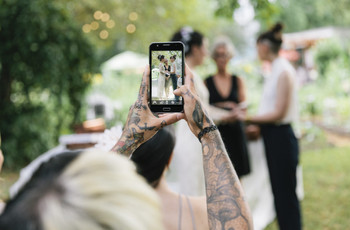39 of the Biggest Wedding Guest Mistakes to Avoid