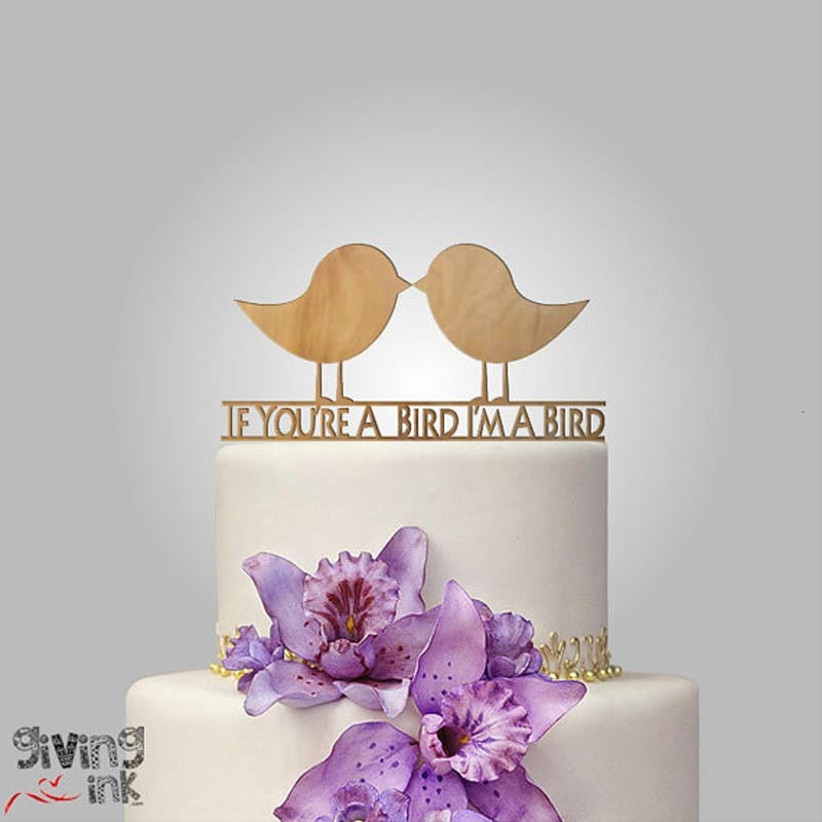 awesome-wedding-cake-toppers-for-tv-and-film-buffs-the-notebook-cake-topper
