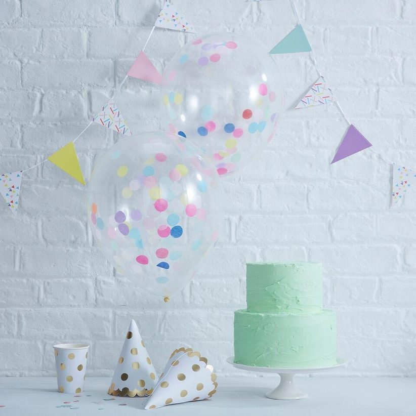 small-balloon-with-confetti