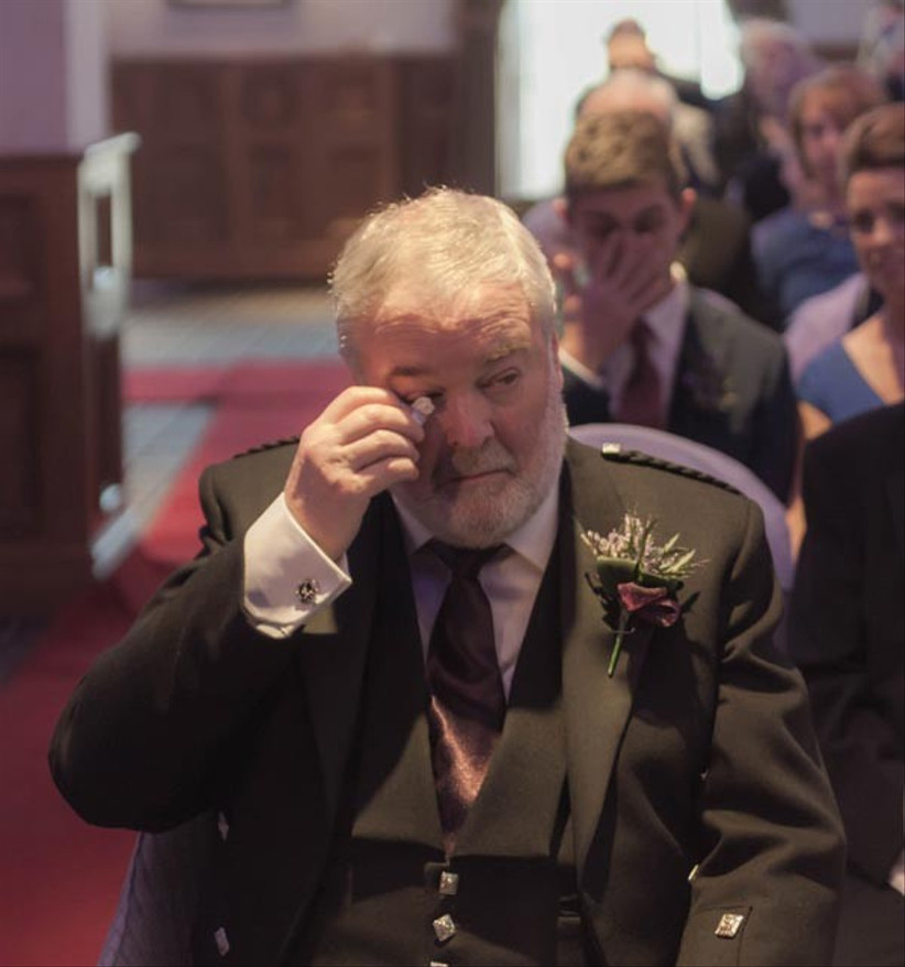 father-of-the-bride-wiping-away-tears-2