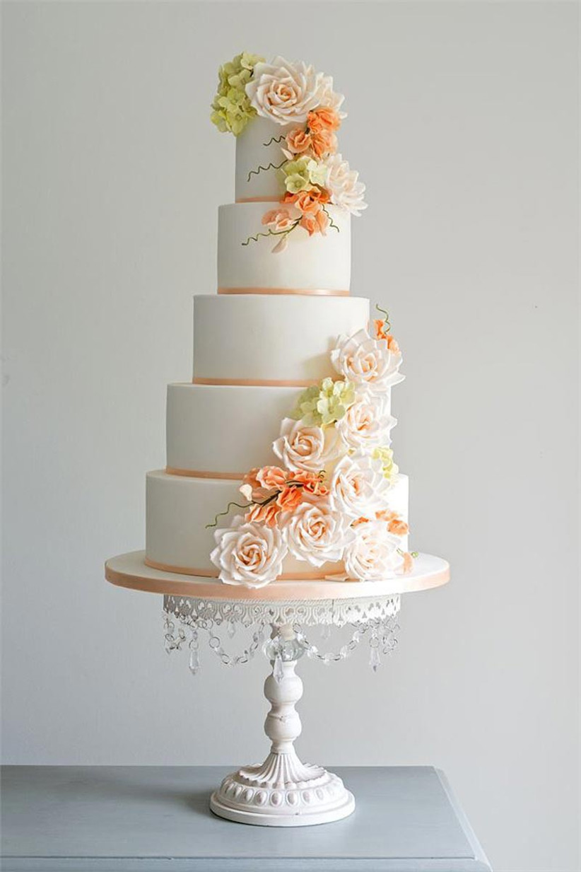 elegant-wedding-cake-stand