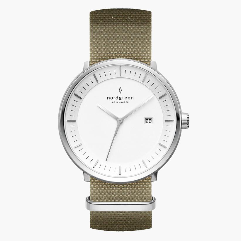 Green engagement watch