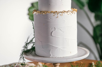 41 Simple Wedding Cakes to Suit All Celebrations