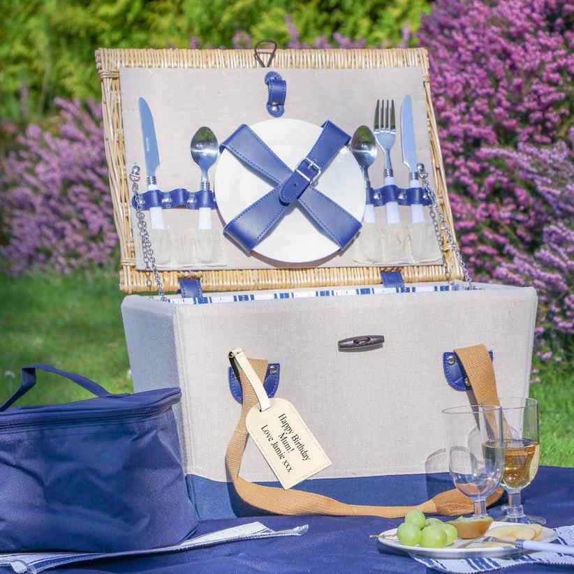 Personalised picnic hamper