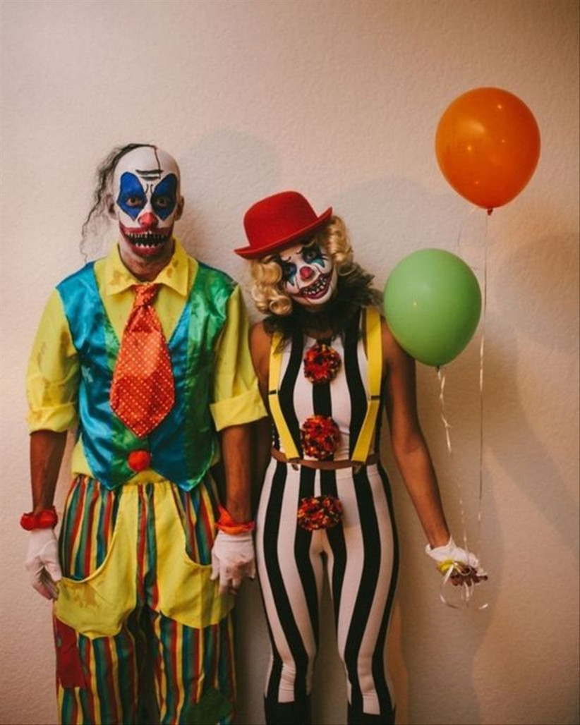 Couples Halloween Costumes clowns