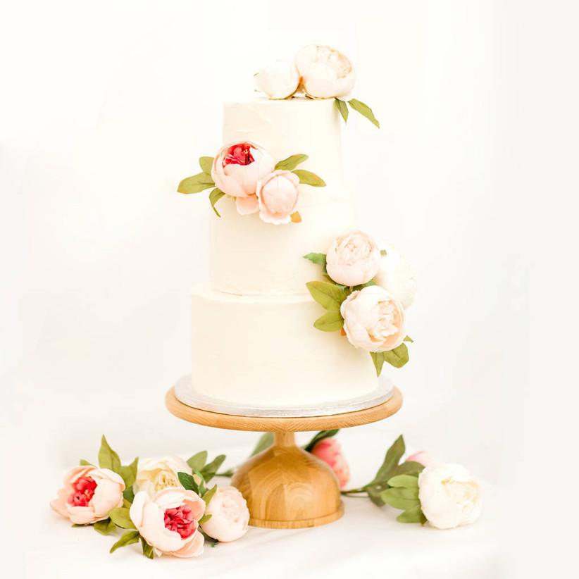 Wooden globe wedding cake stand