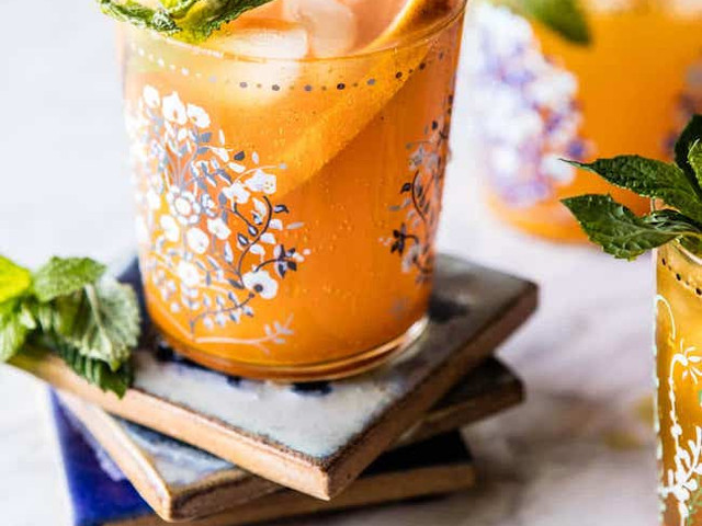 15 Genius Alcohol Alternatives for Your Wedding Day