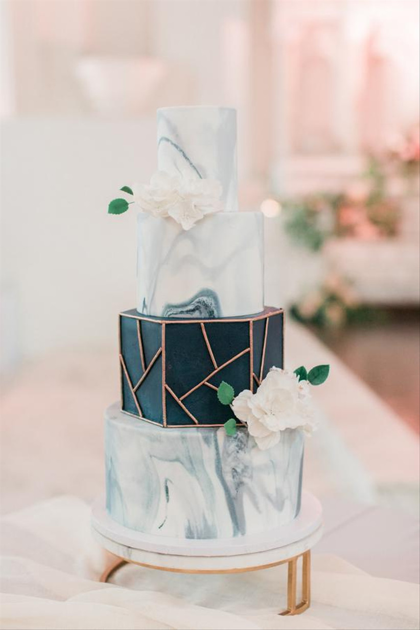 Modern wedding cake with a marble effect
