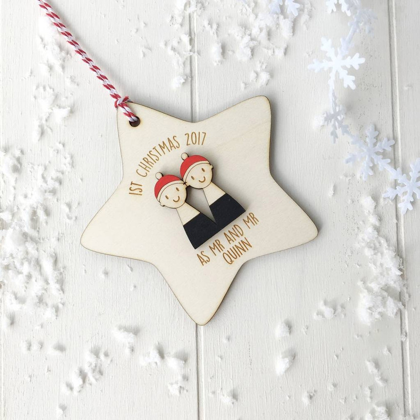 Wooden star mr and mr tree decor
