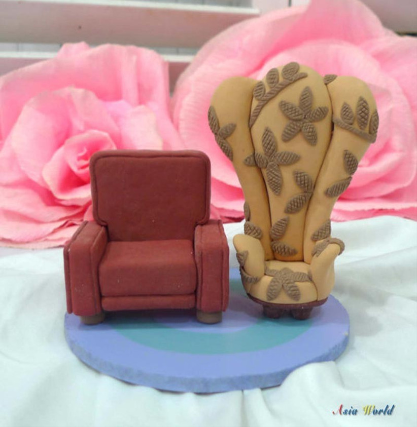 awesome-wedding-cake-toppers-for-tv-and-film-buffs-up-cake-topper-3
