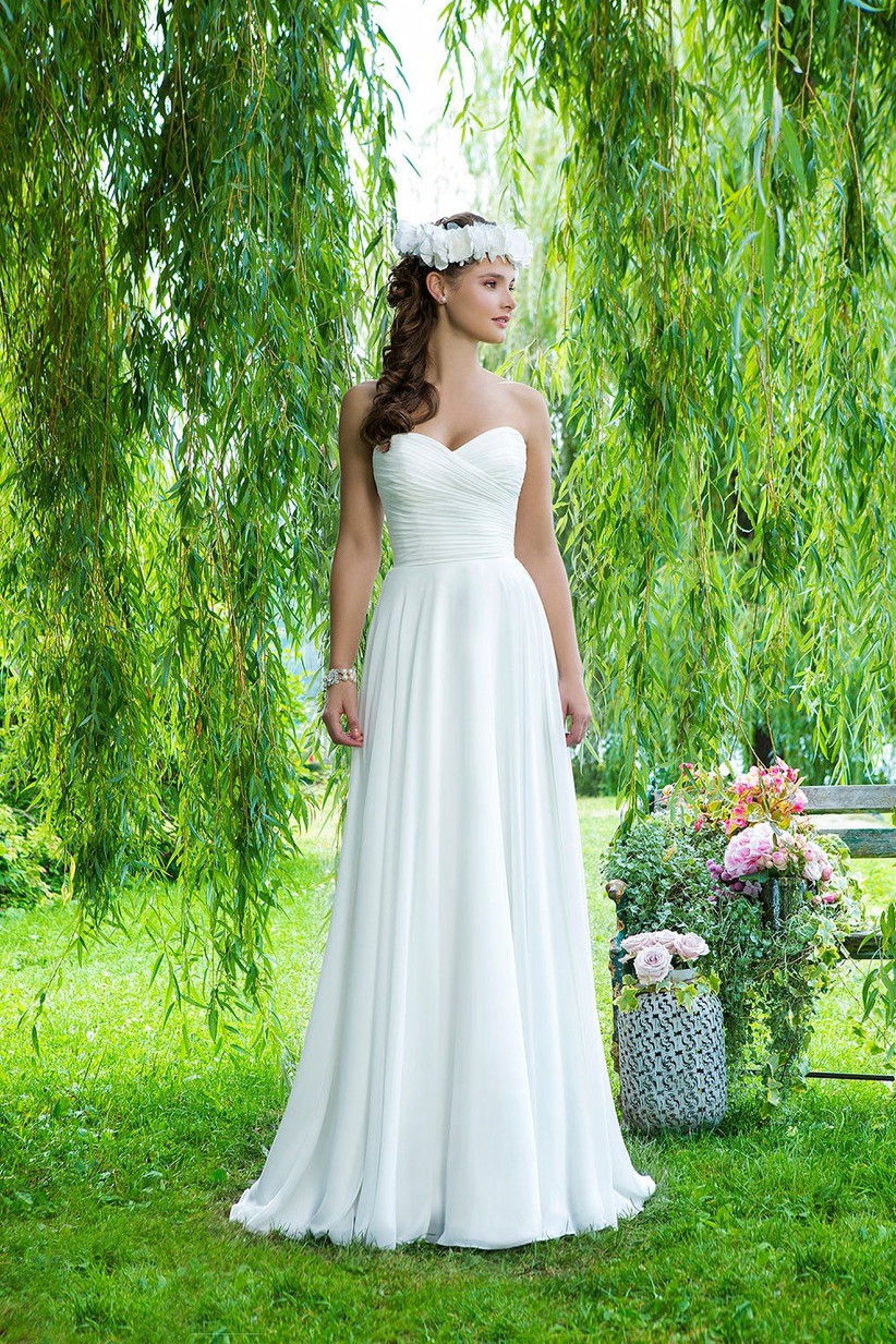 beach-wedding-dresses-5