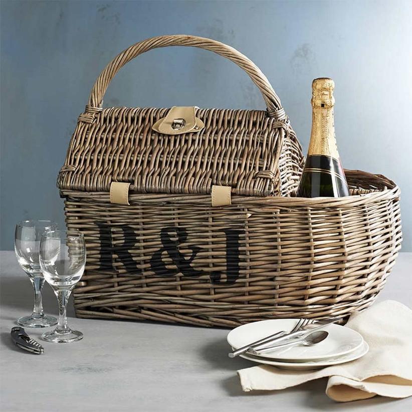 personalised-picnic-hamper
