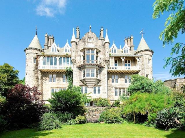 The Best Honeymoon Castles from Around the World