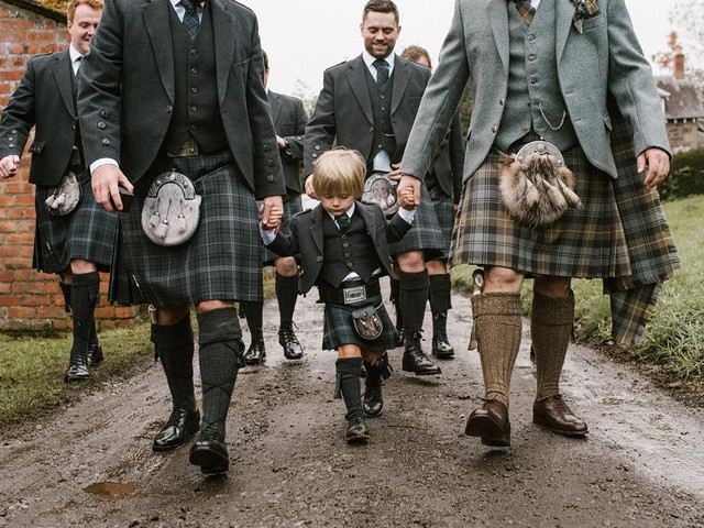 Our Ultimate Guide to Buying & Wearing a Wedding Kilt