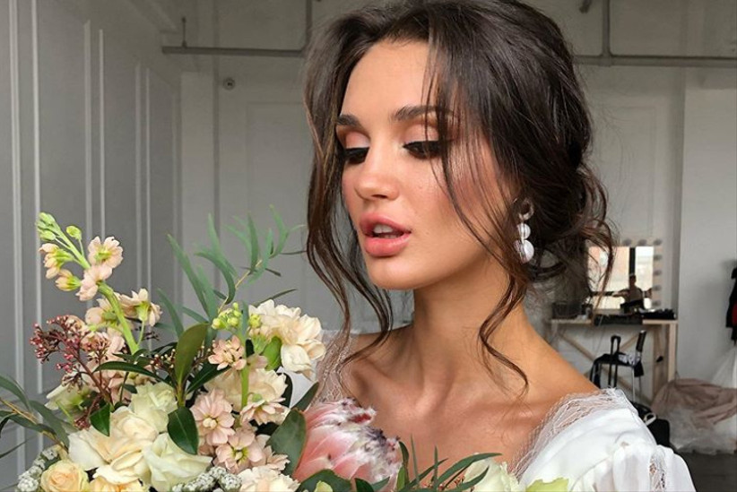 The Ultimate Guide To Wedding Hair 52 Styles That Are Easy To Master Hitched Co Uk