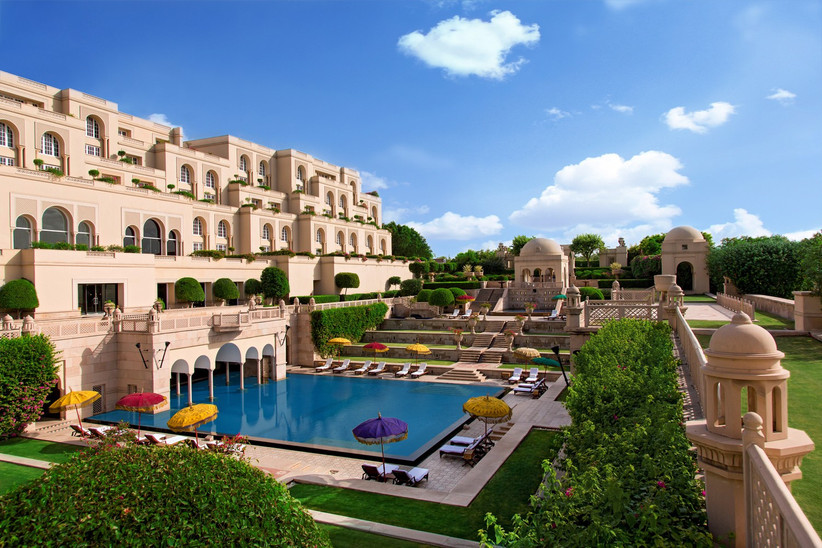 best-honeymoon-hotels-in-the-world-oberoi-amarvilas-3
