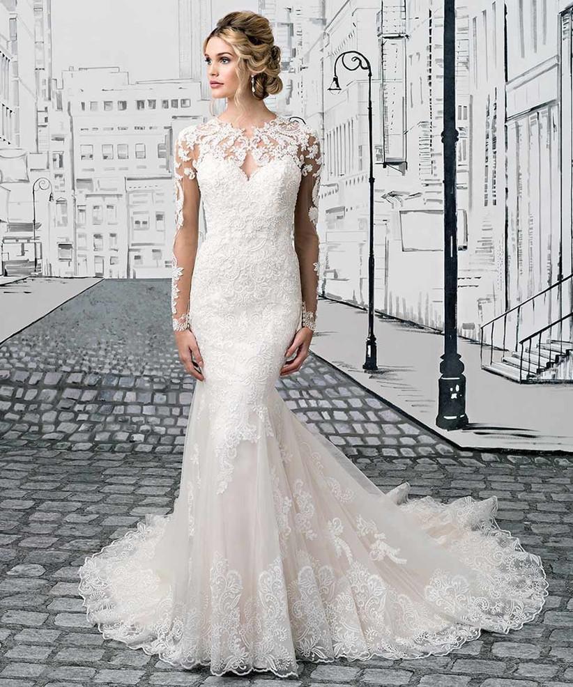 justin-alexander-wedding-dress-for-petite-brides