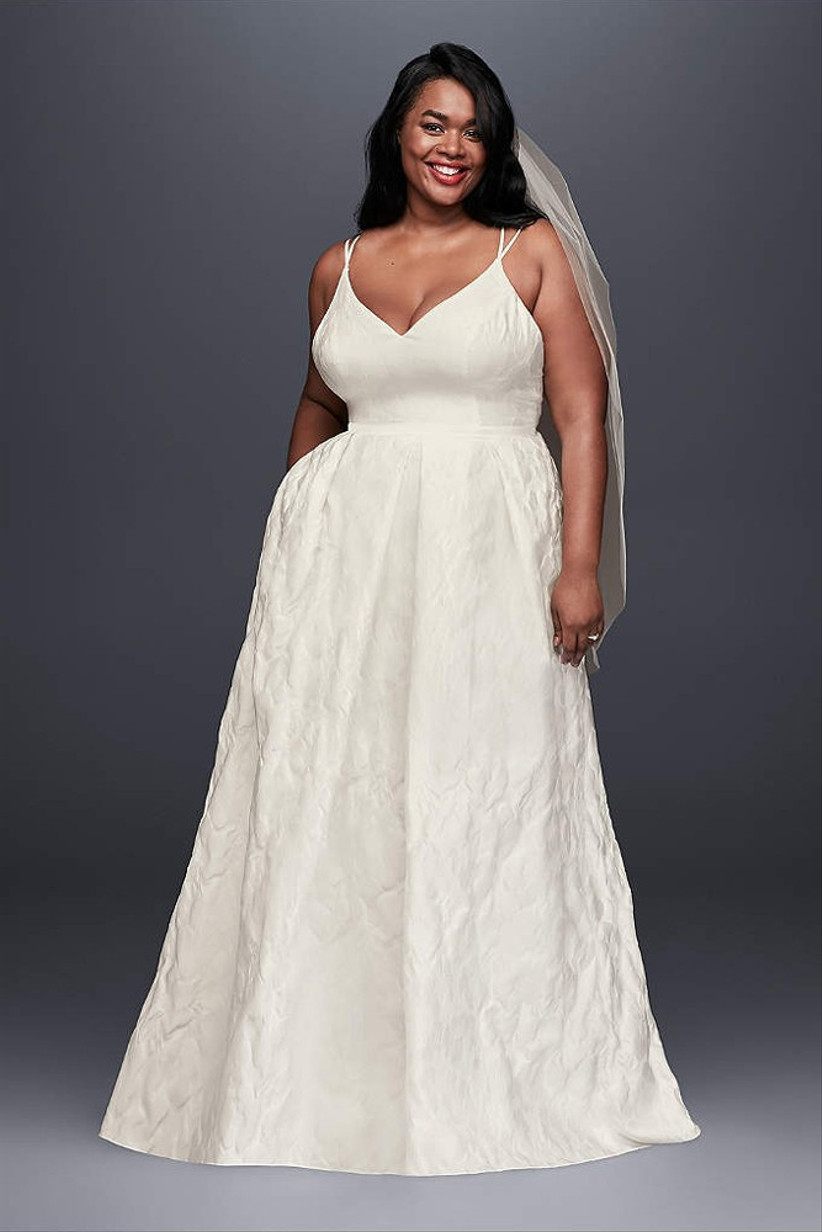 wedding-dresses-with-pockets-17