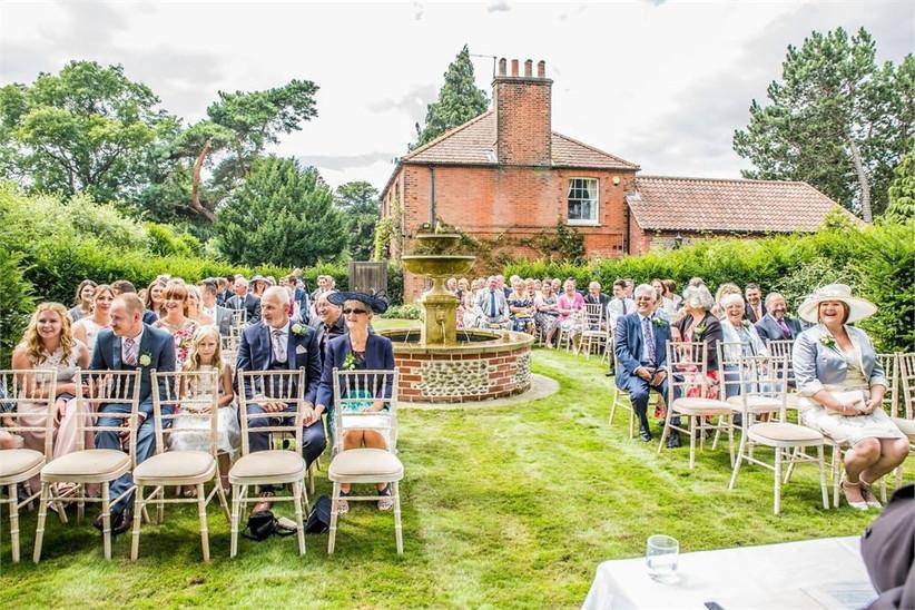 best-wedding-venues-in-norfolk-garden-pavilion-at-thursford-3