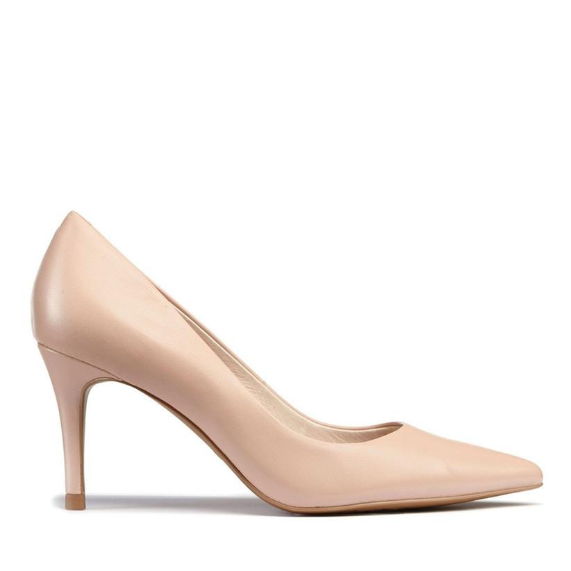 Nude bridesmaid shoe