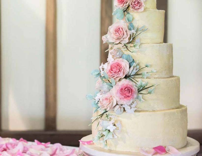 floral-wedding-cake-2