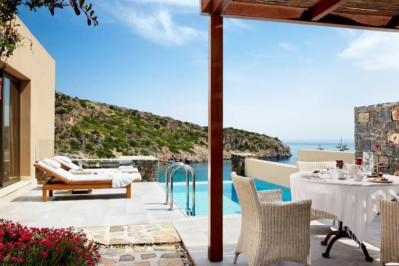 greece-honeymoon-honeymoon-hotels-in-greece-7