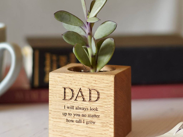 The Ultimate Father of the Bride Gift Guide: 30 Ideas He'll Love