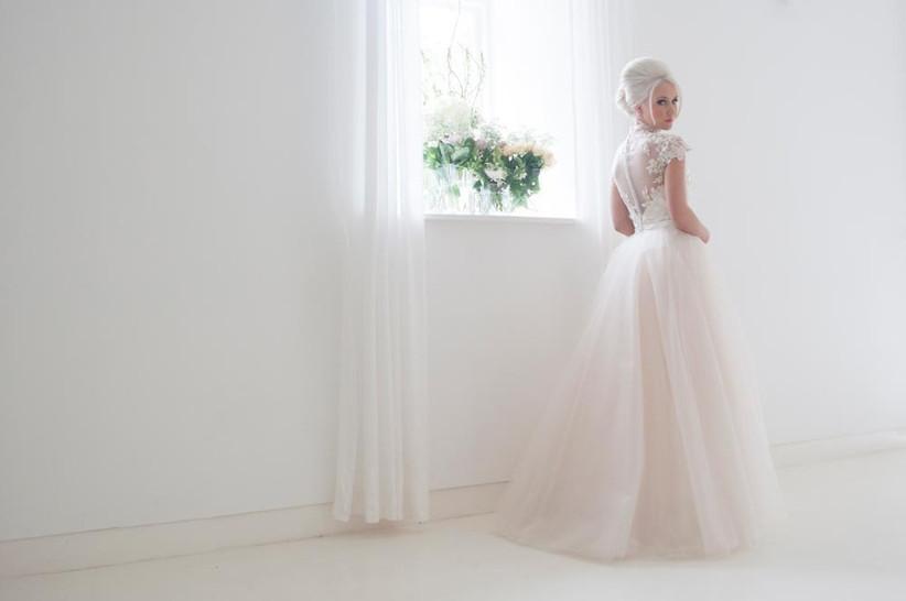 desiging-your-own-wedding-dress-with-house-of-mooshki