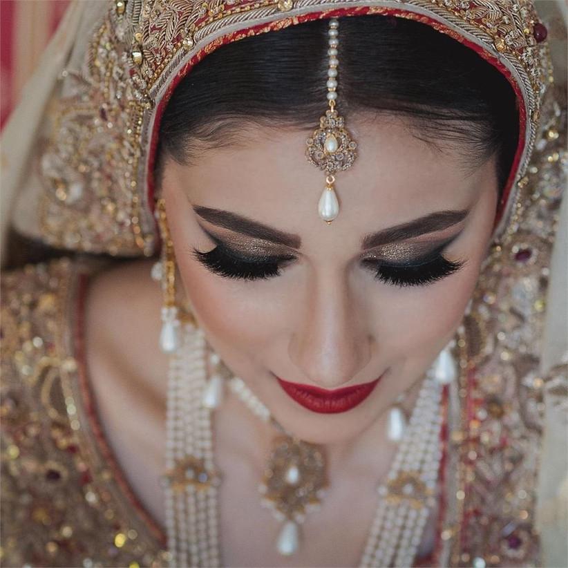 slepokur-bridal-portrait-2
