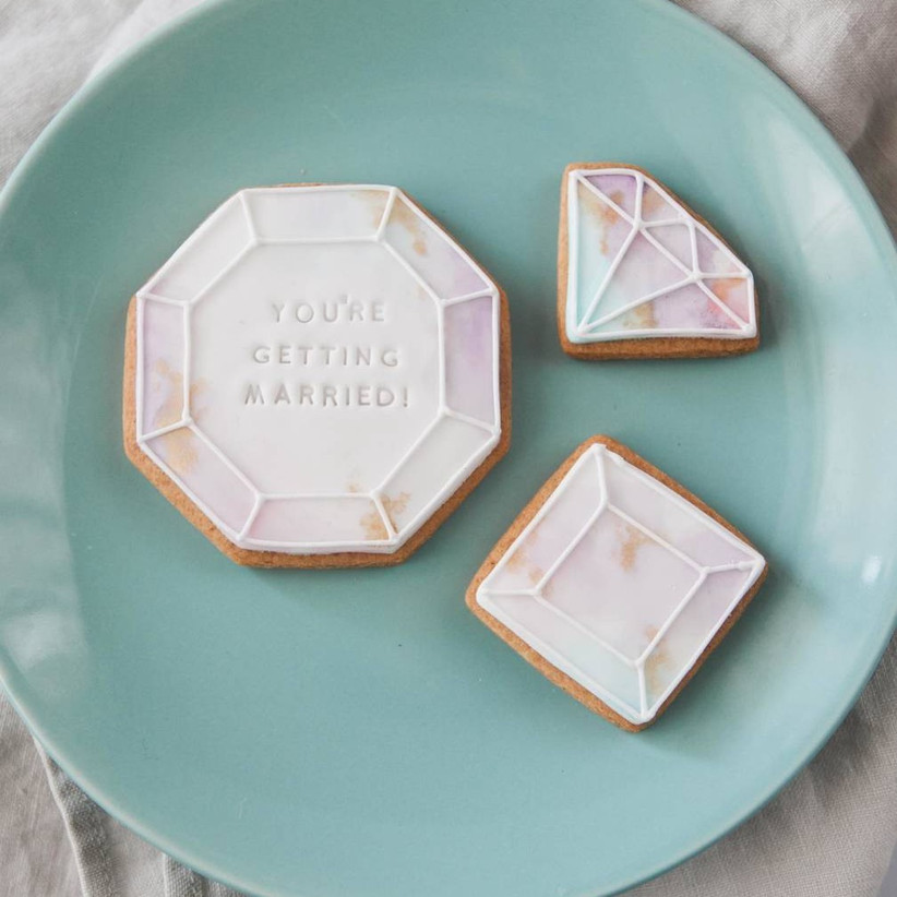 getting-married-biscuits