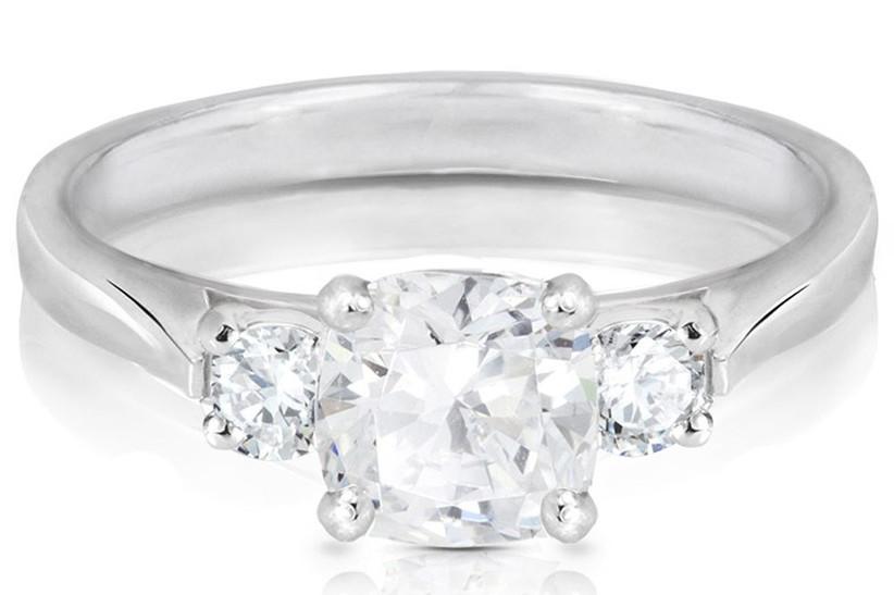 cushion-cut-engagement-rings-77-diamonds