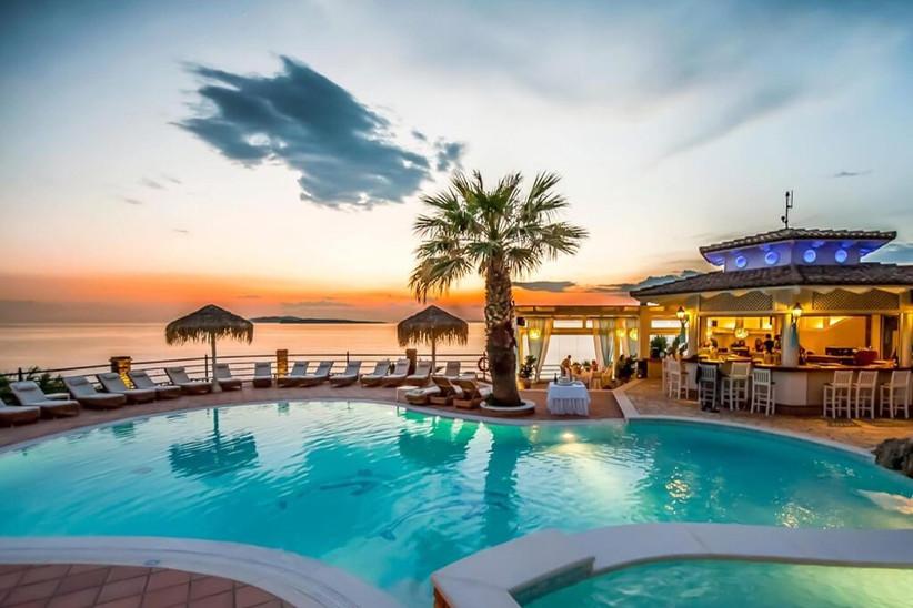 delfino-blu-swimming-pool