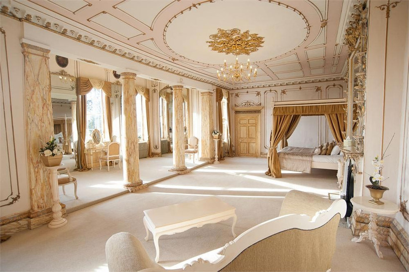 white-and-gold-themed-bridal-suite-at-gosfield-hall