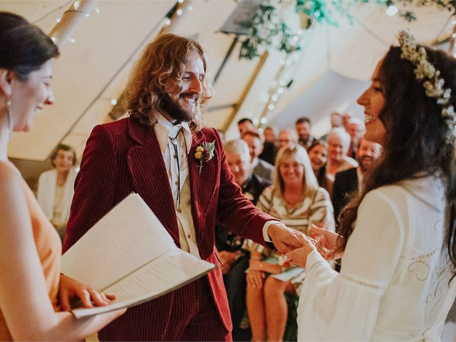 What Is a Humanist Wedding? What Happens During the Ceremony? Your Questions Answered