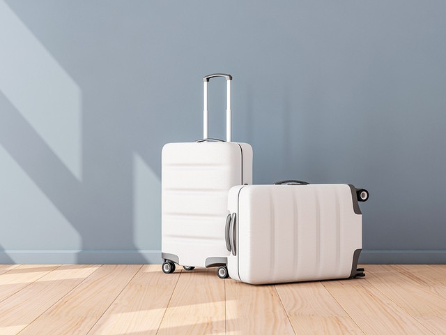 15 Stylish His and Hers Suitcases For Your Honeymoon