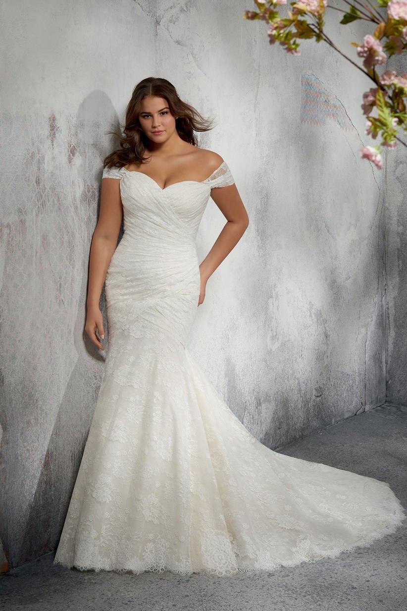 wedding-dresses-for-older-brides-18
