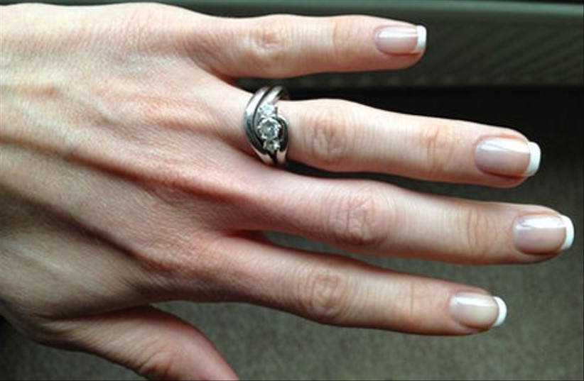 100-amazing-proposal-stories-from-hitched-co-uk-17