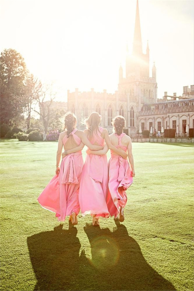 bridesmaids-in-pink-dresses