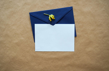 How to Decline a Wedding Invitation During Coronavirus