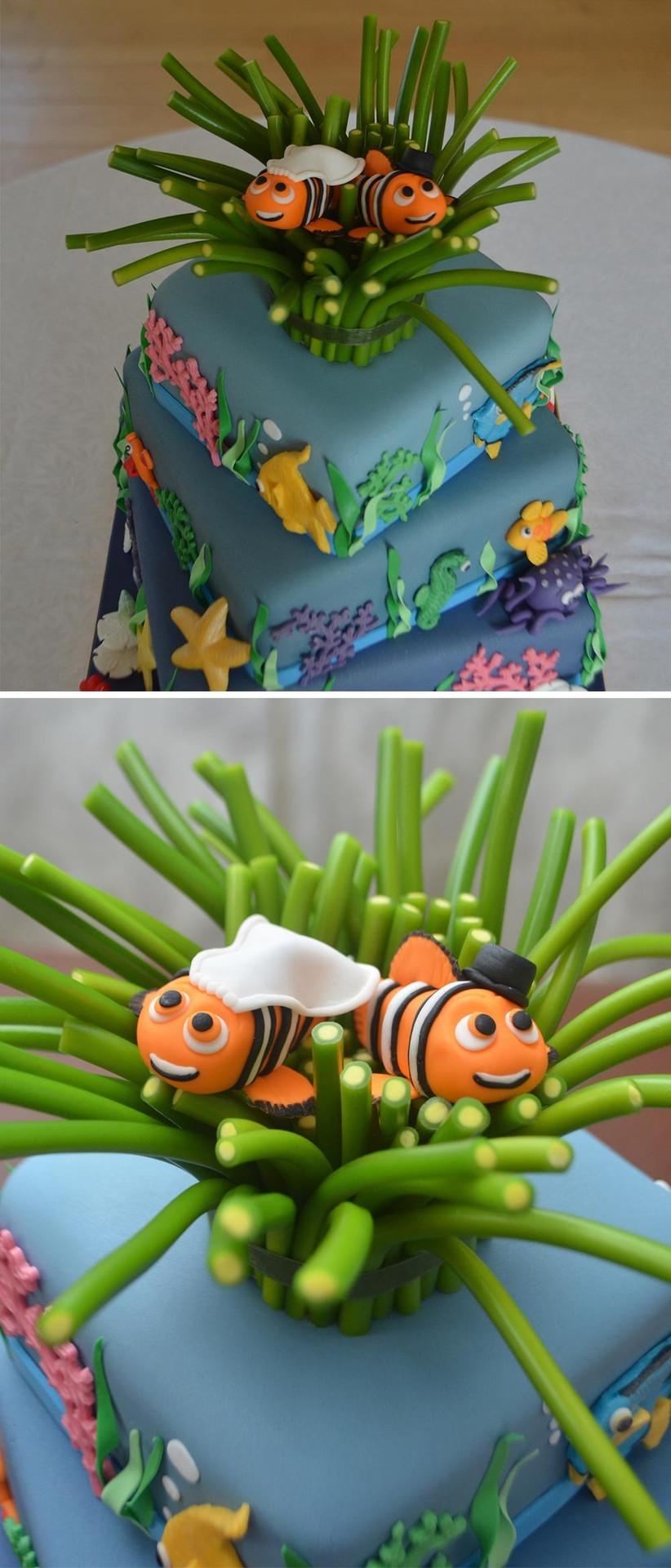 finding-nemo-themed-disney-wedding-cake