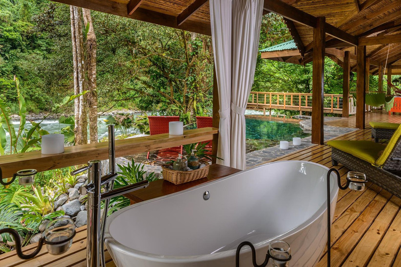 best-honeymoon-hotels-in-the-world-pacuare-lodge-2