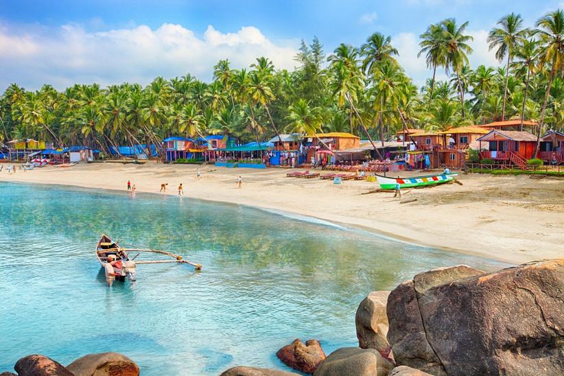 honeymoon-destinations-by-month-43