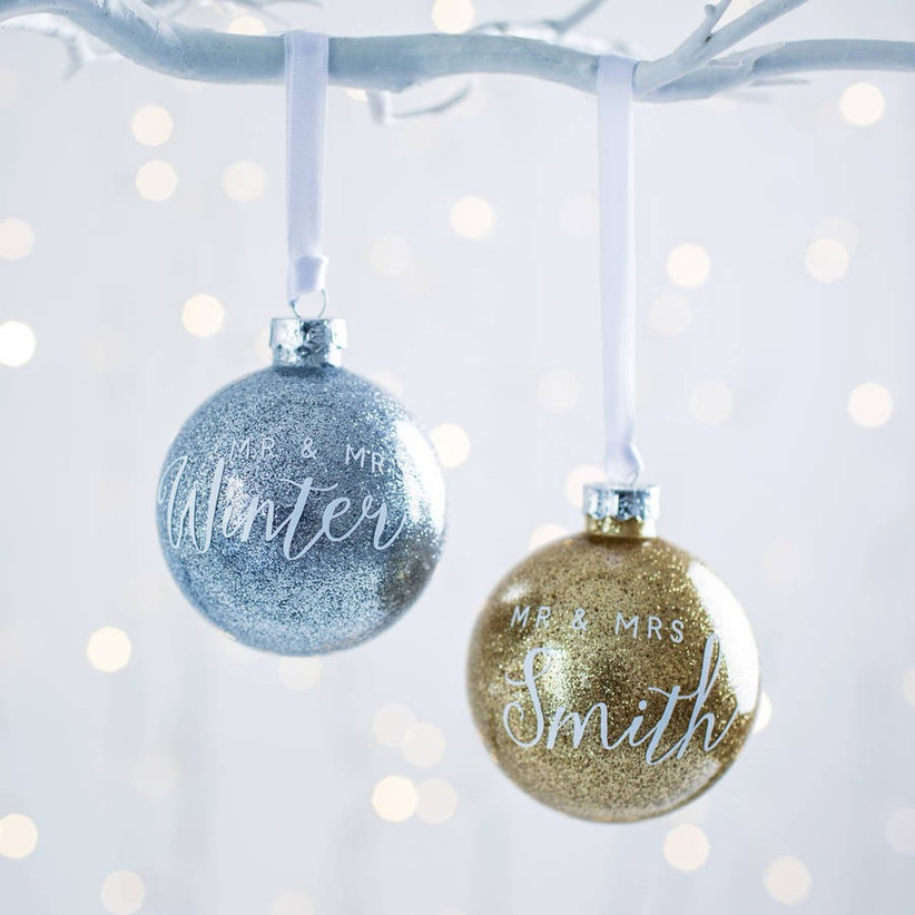 glitter-mr-and-mrs-bauble