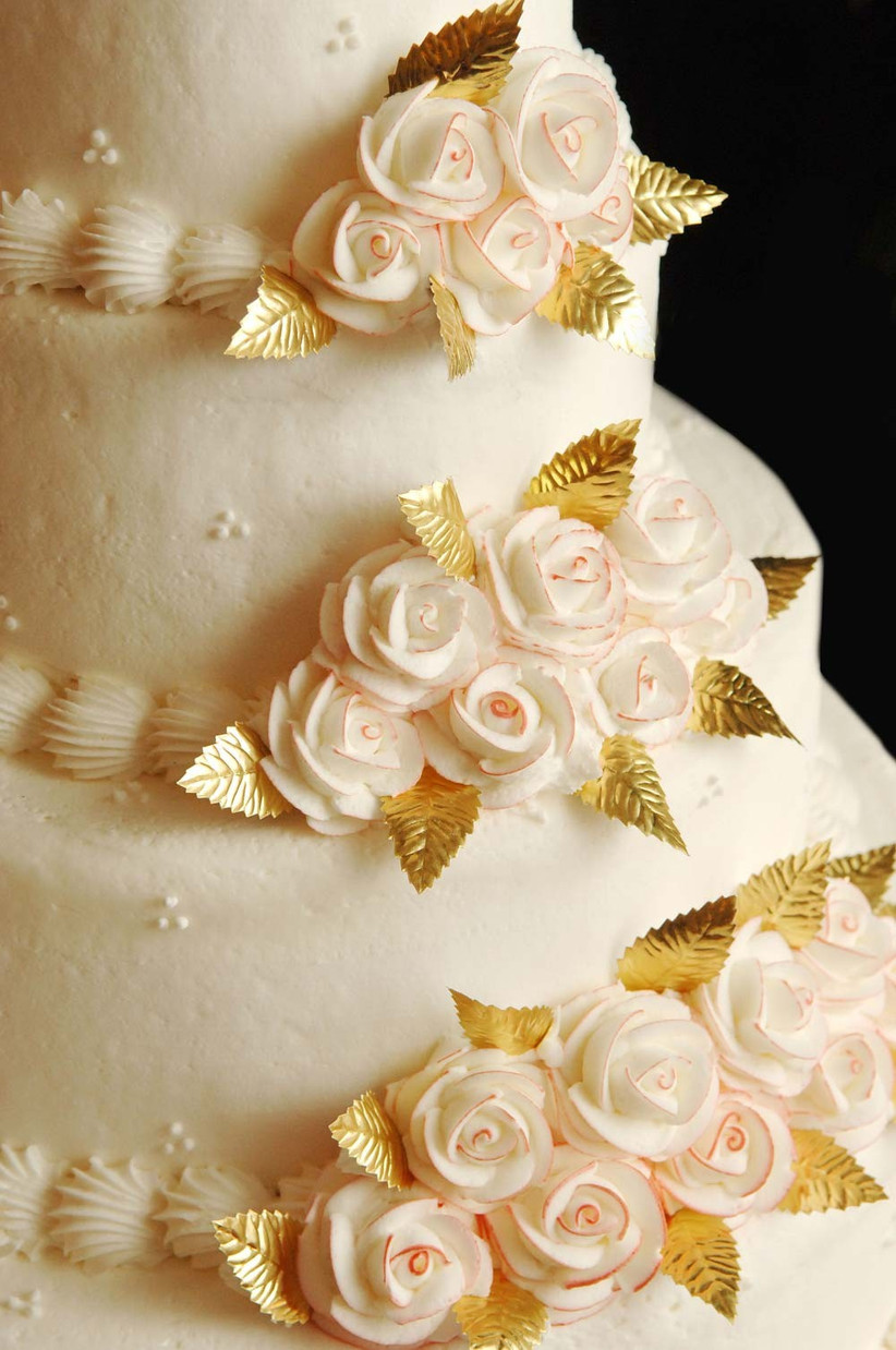 metallic-wedding-cakes-4